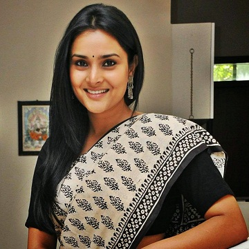 complaint-filed-against-kannada-actor-turned-politician-ramya