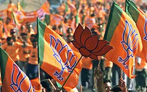UP: Congress , Samajwadi Party MLA joined the BJP