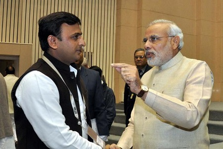 narendra modi and akhilesh yadav together