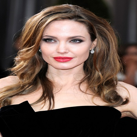angelina-jolie-questioned-by-fbi-uridmedia