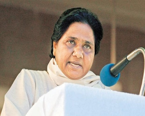 bsp-supremo-mayawati-slams-up-cm-akhilesh-yadav-in-lucknow-rally