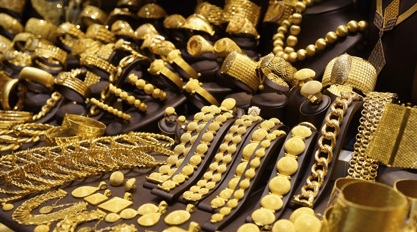 mining-for-bids-govt-hits-a-rs-50000-cr-gold-mine