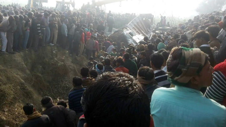 school-children-died-when-school-bus-collided-with-truck-in-etah