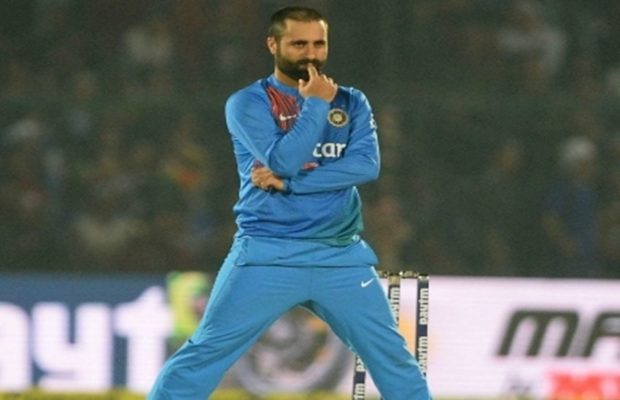 cricketer-parvez-rasool-lands-in-controversy-for-dishonor-to-national-anthem-during-india-and-england-match