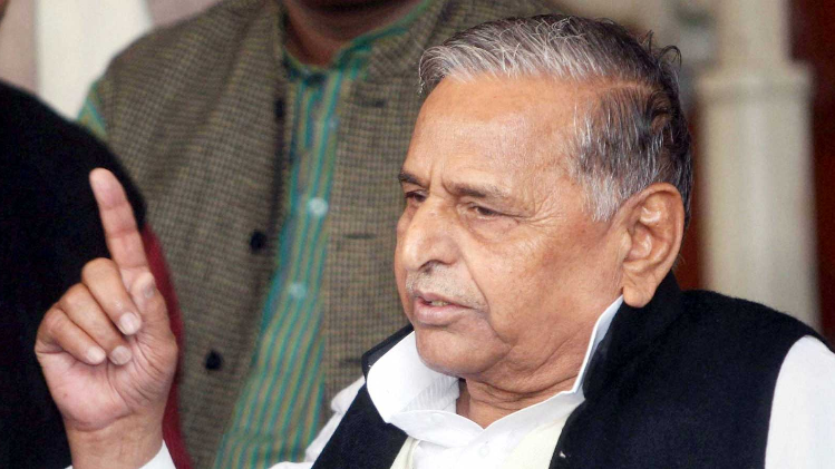 mulayam-singh-yadav-directed-party-workers-to-file-nominations-against-congress-candidates