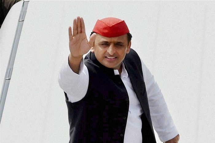 f-not-rs-15-lakh-at-least-rs-15000-should-have-been-deposited-akhilesh-yadav