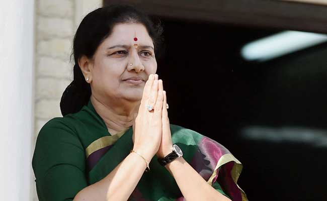 sasikala-five-challenges-she-may-face-after-becoming-cm