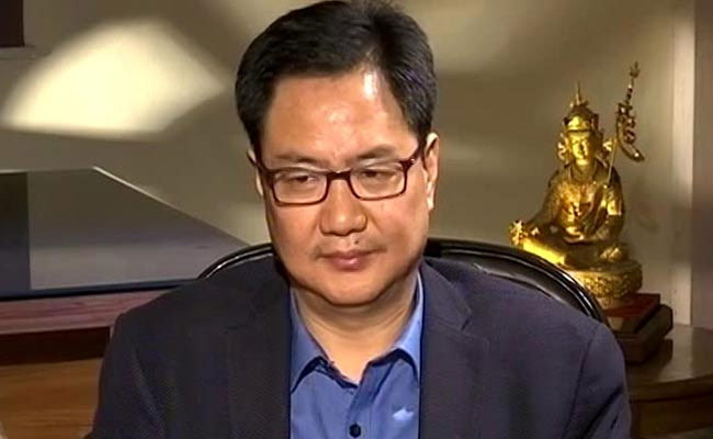 hindu-population-reducing-in-india-tweets-minister-kiren-rijiju