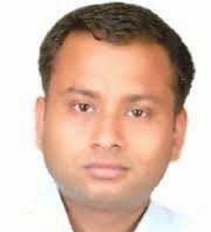 lucknow-city-ias-officer-dead-body-found-at-road-side-in-lucknow