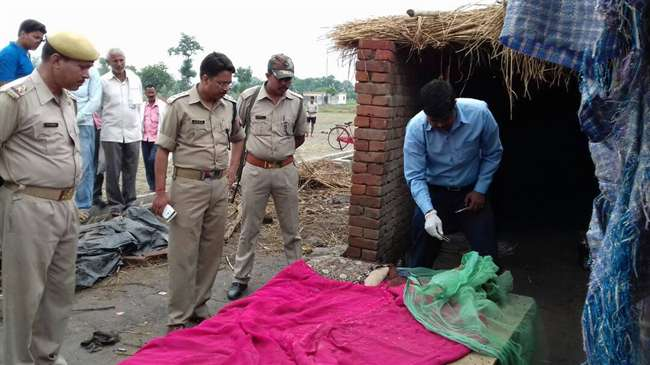 deoria-husband-and-wife-murdered-in-deoria