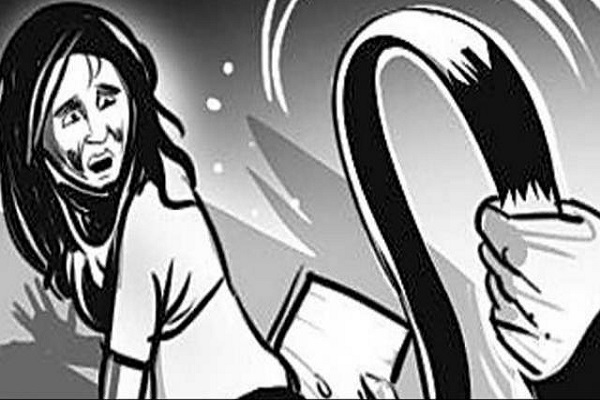Yakub's daughter beaten schoolgirls after entering school