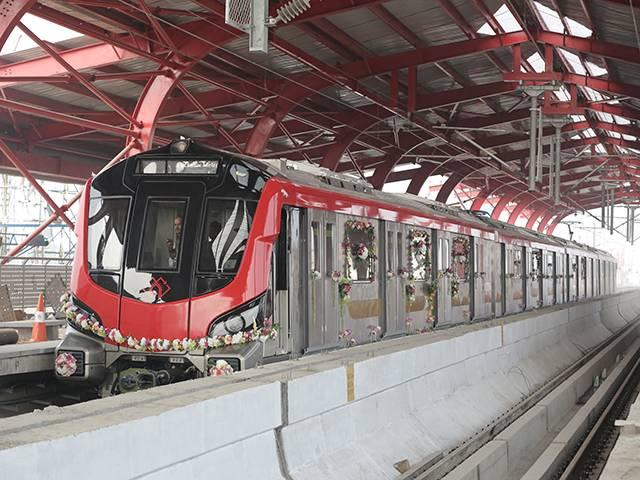 ucknow-city-lucknow-metro-will-hire-420-people-for-its-second-phase-of-recruitment