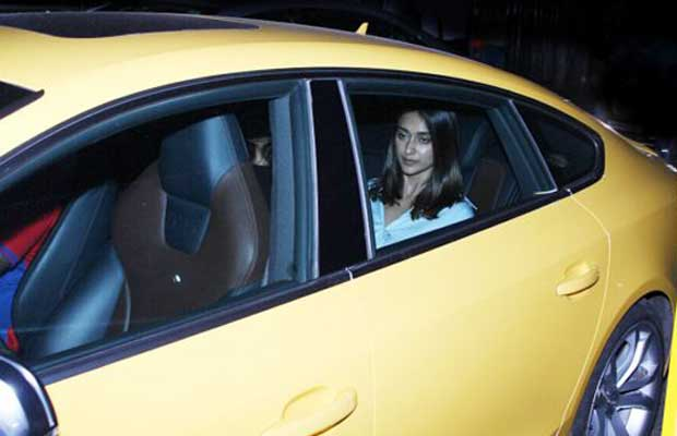 bollywood-ileana-dcruz-molested-on-traffic-signal-tweets-her-anger-out