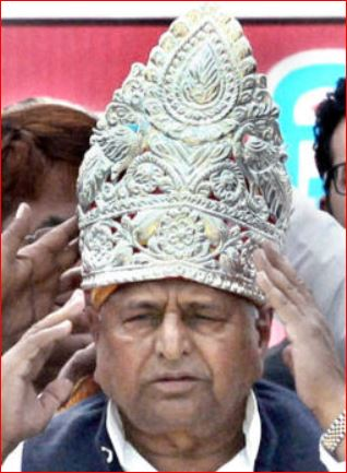 Former Chief Minister Mulayam Singh Yadav will also have to vacate the bungalow
