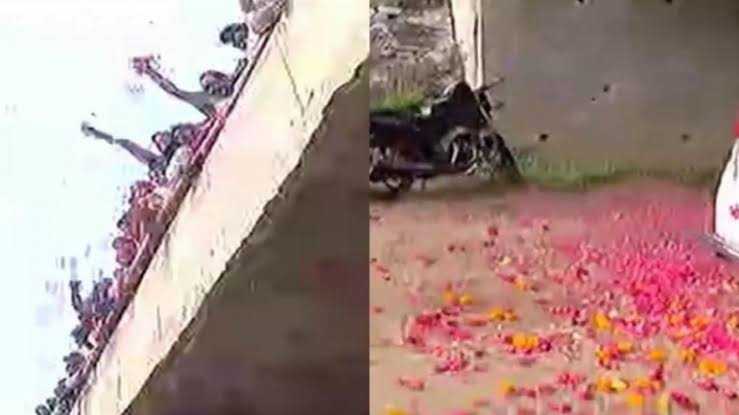 Police rained flowers after Hyderabad encounter