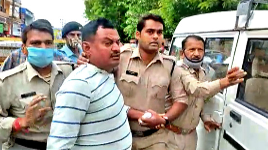 On the way, Vikas Dubey made many revelations in the interrogation, the police was surprised to hear many things.